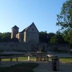 Wasserspielplatz vor dem Kloster